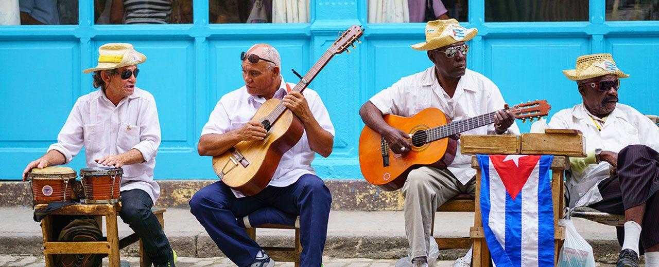 Cuba_Ciudad_Havana_Street-Musicians