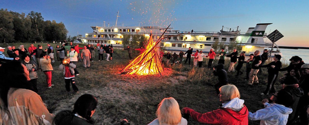 Lena River Cruise - Yakutian Bonfire