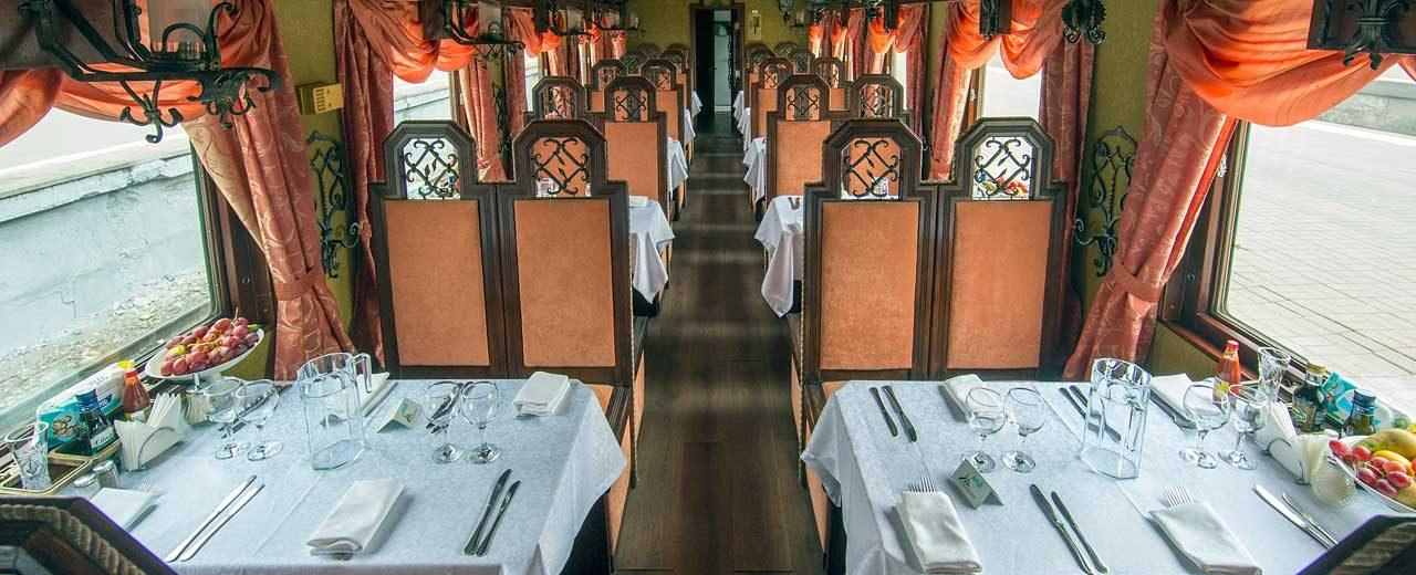 Restaurant-car---Ivan-Shapovalov